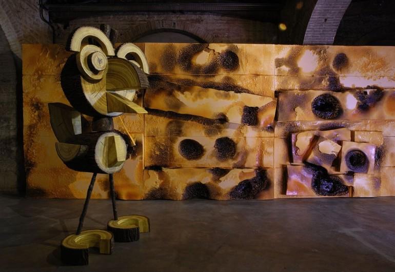 """""""Woody"""" de Vincent Kohler, dans le décor de l'exposition """"Retour Vers le Futur"""" au CAPC."""