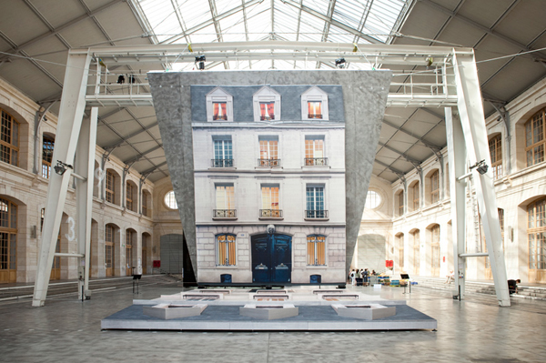 Leandro-Erlich-Batiment-at-Le-104